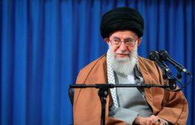 پاسخ امام خامنهای به نامه یک دختر نوجوان درباره ورود به عرصه تکلیف